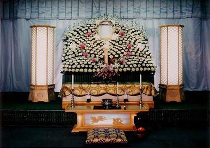 <輝/かがやき>高級ボリュームフラワー祭壇