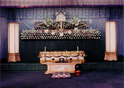 <天/てん>最高級フラワーアレンジ祭壇
