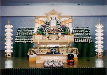 <光/ひかり>高級格子4段花祭壇